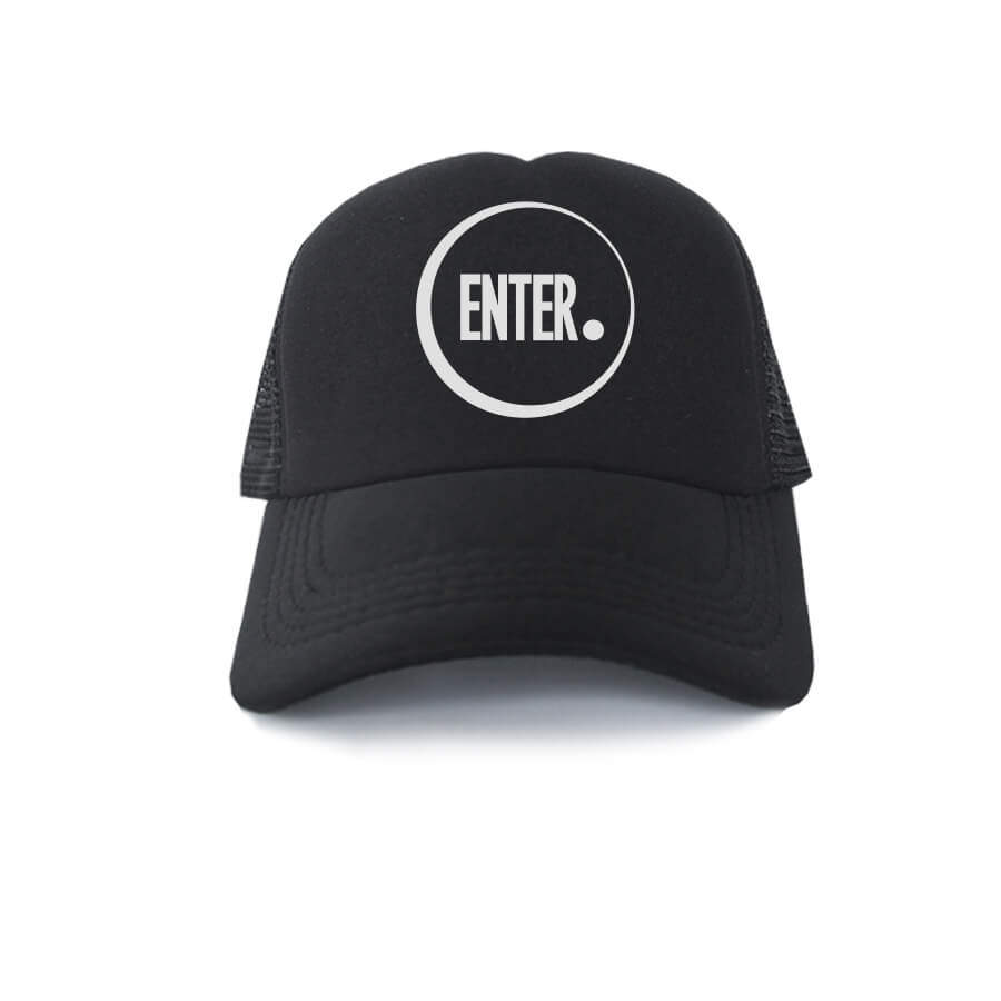 TRUCKER-HITAM-RICHIE-ENTER