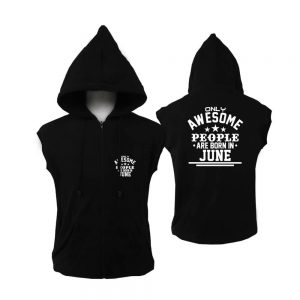 VEST ZIPPER - BLACK WHITE - AESOME PEOPLE ARE BORN IN - JUNE